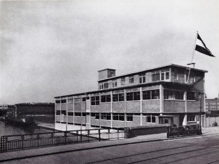 Merkelbach Van Hallstraat_NL Architects